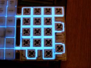 Подсветка с помощью люминесцентных ламп.