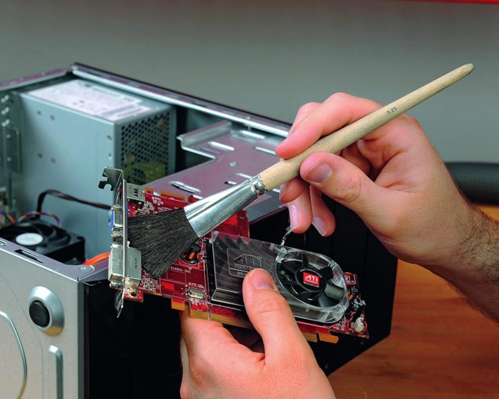 Как правильно почистить ноутбук от пыли в домашних условиях 291